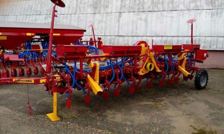Сеялка СТВ8КУ (8 посевных секций, оборудование для внесения удобрений) класс трактора 1.4