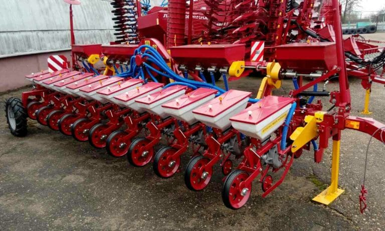 Сеялка СТВ12У (12 посевных секций, оборудование для внесения удобрений) класс трактора 2.0